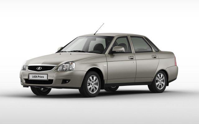 1404908943_ladapriora_sedan_2013_3_4_front2